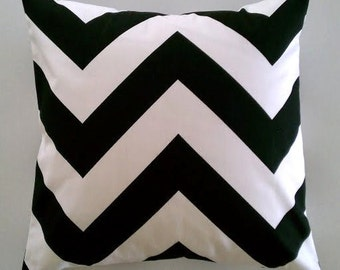 Black and White Pillow Cover in Bold Zippy Chevron Zig Zag Removeable Cover