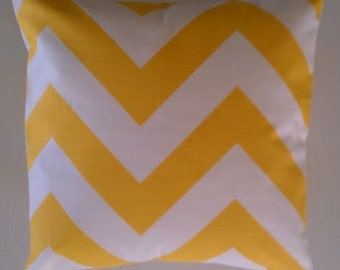 Yellow PIllow Cover, Corn Yellow and White Zig Zag Bold Zippy Large Print Pillow 18 inch Removeable