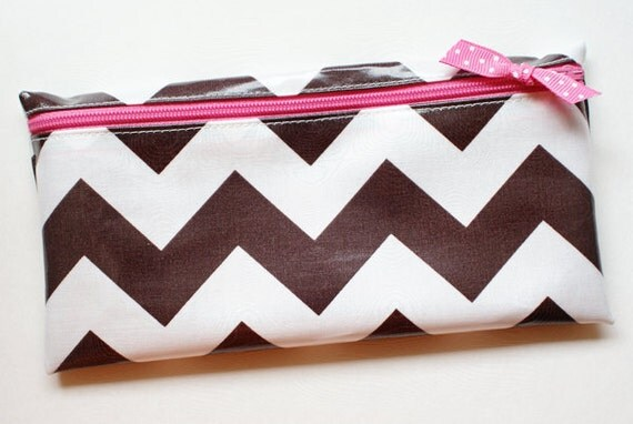 Cash budget envelope system wallet with 6 tabbed dividers // brown and white chevron with pink zipper