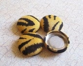 SHOP CLOSING SALE - Tiger Stripes Fabric Covered Buttons - 3/4 inch