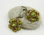 Green earrings - Apple Green Dangel Earrings - Vyntage style Earrings