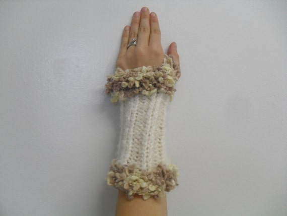 white knitted wrist warmers /  fingerless gloves shipping included