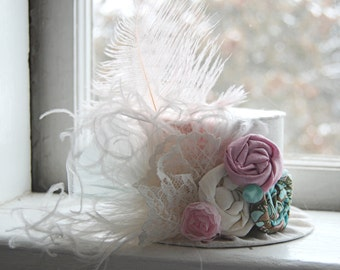 Mini Top Hat  Alice in Wonderland  Inspired - Ivory Ostrich Feathers and Baby Pink  - Birthday Hat Photography Prop