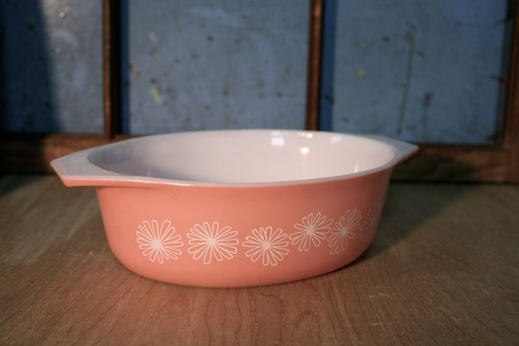 Vintage Pink Pyrex Casserole Dish
