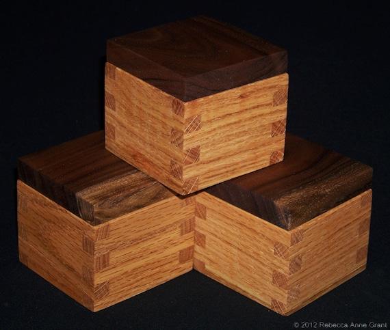 Oak and Walnut Ring Box