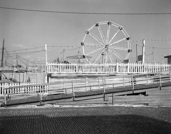 Ferris wheel amusement park long beach ny 1980s for Long beach ny shirts