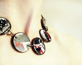 Grafia 01, porcelain necklace with decals and cooper