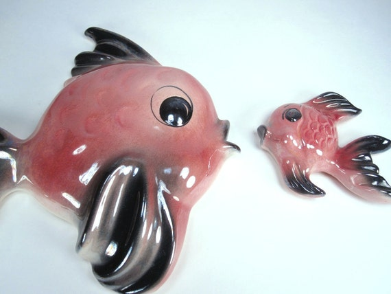 Vintage 1950s Ceramicraft Tropic Treasures Pink Fish, Kitsch Pink Bathroom Wall Decor