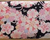 Tissu fleurs de cerisier fond noir - 50 cm