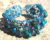 turquoise knit wire bracelet with natural beads