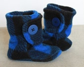 Tartan Plaid Baby Booties. Boots New Baby Polar Fleece Soft Soled Baby Booties in Black and Blue Lumber Jack Tartan