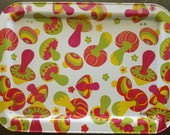 Vintage TV Tray With Brightly Colored Mushroom - Pink Green Yellow
