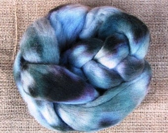 Uruguayan Merino dyed wool top roving 2 oz (50gr)