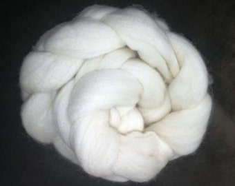 Uruguayan Merino undyed wool 17 mic  top roving 2 oz (50gr) extrafine