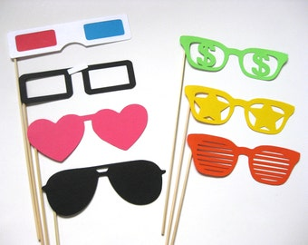 Photo Booth Props - The Retro Collection - 7 piece set - Birthdays, Weddings, Parties - Photobooth Props