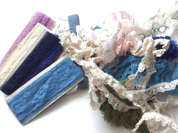 Lace Grab Bag, 3.6 oz., Vintage Misc. Supplies, Sewing Trim