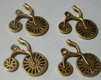 4 Piece Vintage Bicycle