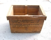 Winchester Western Division Pine Wood Ammo Box Nice