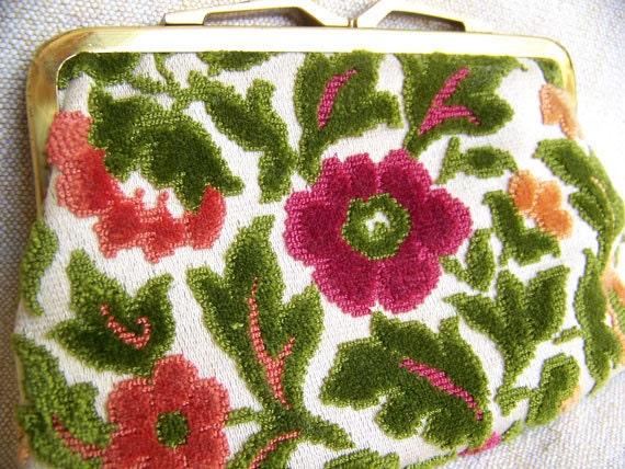 Vintage carpetbag purse cut velvet Neiman-Marcus Dallas label clutch coin purse