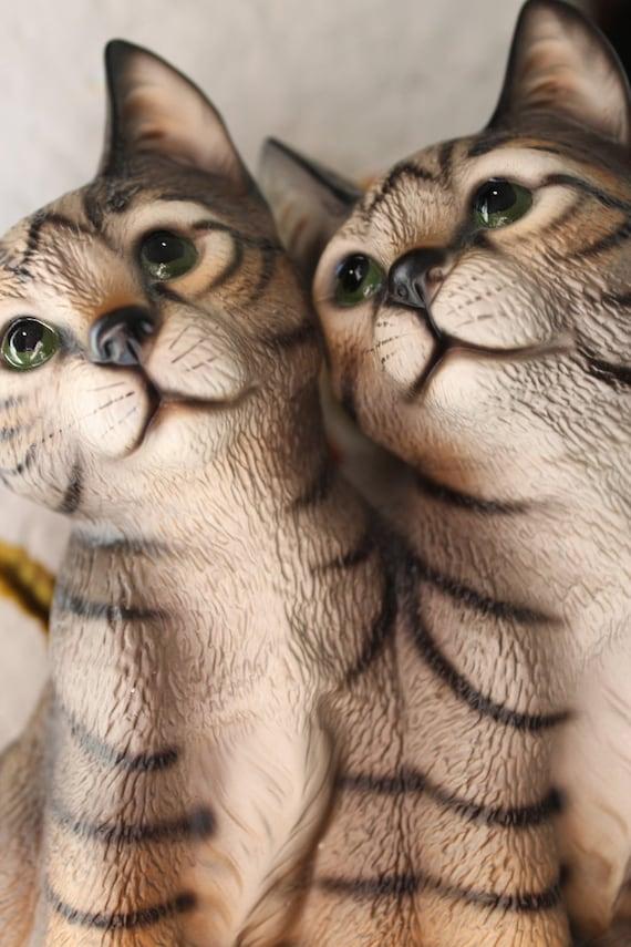 Kittens Figurine Global Art Harvey Knox Kingdom