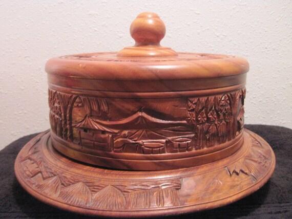 1960's RARE Alii Genuine Monkey Pod Wood Cake Pedestal lazy susan with cover.
