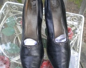 Vintage 1900's Edwardian  Leather Steel Cut Beaded Shoes