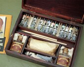 Vintage Wooden Artist Box with Finger Joints - Photograph Oil Painting
