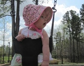 Peekaboo Bonnet sun hat for girl baby, toddler, or child - it's even reversible :)