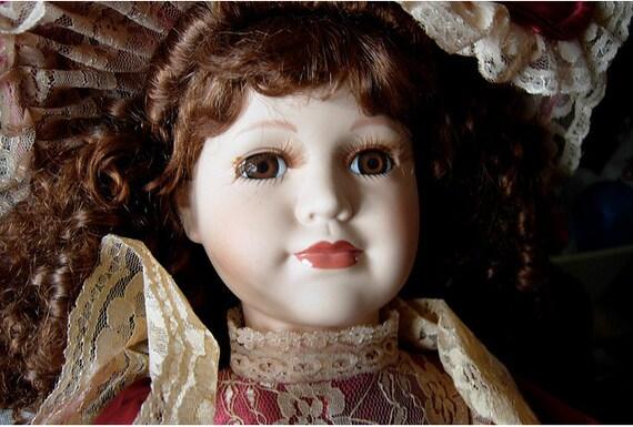 collector 39 s choice dan dee porcelain doll brunette. Black Bedroom Furniture Sets. Home Design Ideas
