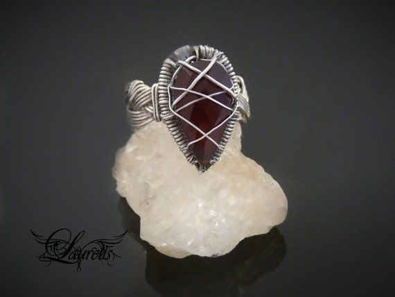 Carnelian vampire ring - sterling silver (unisex) -