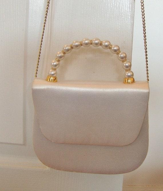 Vintage White Elegant Purse with Handle or Shoulder Strap