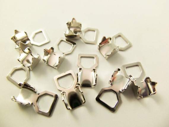 10 4mm White Metal Plated Crimp Ends Mt30c