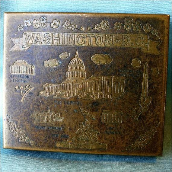 Vintage Souvenir Money Change Compact Washington DC