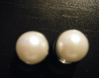 0 Gauge Clear Plugs with Pearls