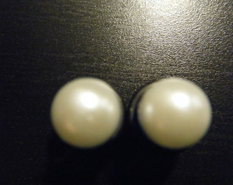 0 Gauge Red Plugs with Pearls