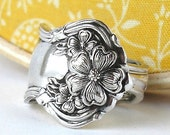 Antique Spoon Ring, size 8, Floral, Arbutus Pattern 1908, Silver Flower Ring, Floral Recycled Jewelry, Vintage Spoon
