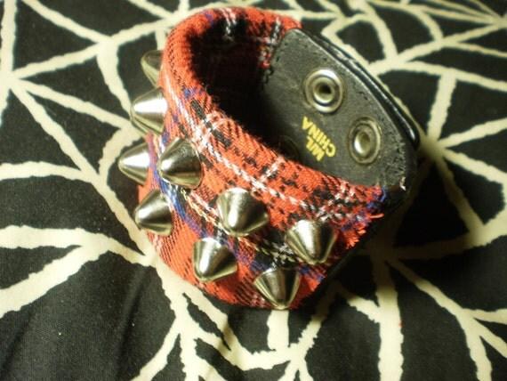 Red Plaid Punk 2 Row English 77 Cone Studded Cuff
