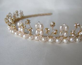 Bridal crystal tiara, Bridal Swarovski tiara with cultured freshwater pearls, Wedding tiara or headband, Bridal gold tiara