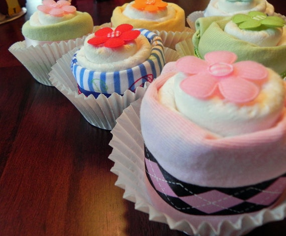 Single Diaper & Bodysuit Cupcake - Unique Baby Shower Gifts and Favors girl boy neutral