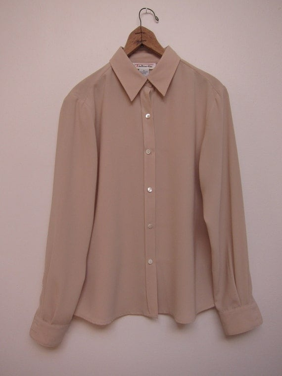 essential creamy tan button up