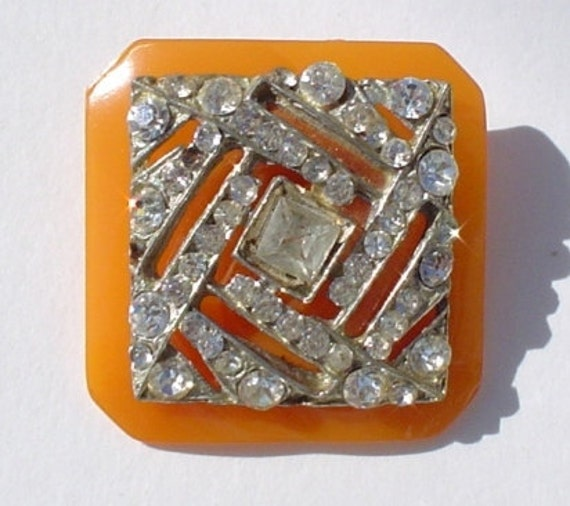 Vintage Button Pin/Pendant: Butterscotch Bakelite and Rhinestone Vintage Button Jewelry