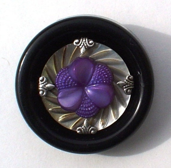 Vintage Button Pin/Pendant: Purple Flower with Antique Silver Setting, MOP and Black Vintage Button Jewelry