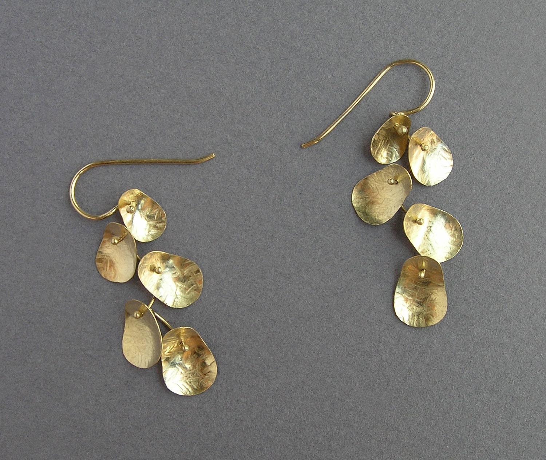 solid gold dangle earrings leaves earrings 14k gold. Black Bedroom Furniture Sets. Home Design Ideas