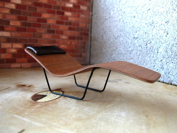 micro bent plywood chaise lounge with leather headrest