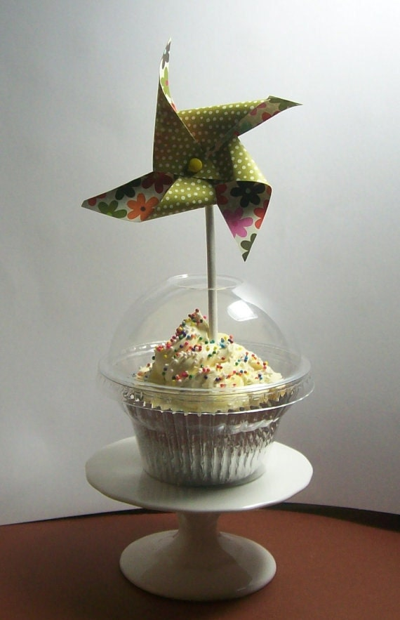 50  Clear Cupcake Favor Boxes - With Open Dome Lids for Cupcake Toppers