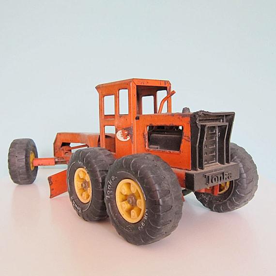 Vintage Tonka Tractors : Vintage tonka toy road grader tractor orange