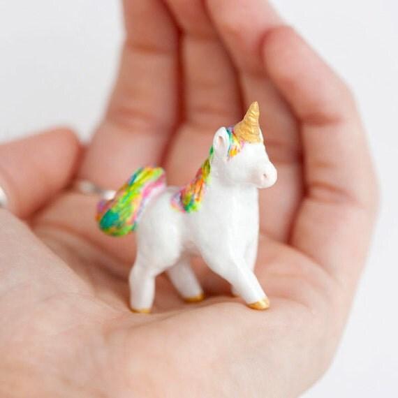 Le Fabulous Unicorn Fancy Totem by le animalé