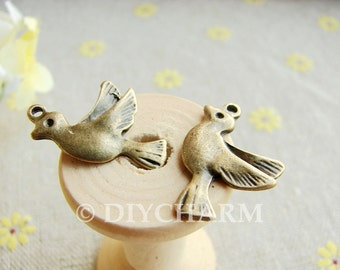 Antique Bronze Lovely Bird Charms 15x21mm - 10Pcs - DC20404