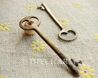 Antique Bronze Lovely Key Charms 16x53mm - 5Pcs - DC21162
