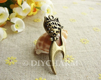 Antique Bronze Filigree Butterfly Knot Cat Charms 18x44mm - 2Pcs - DC23204